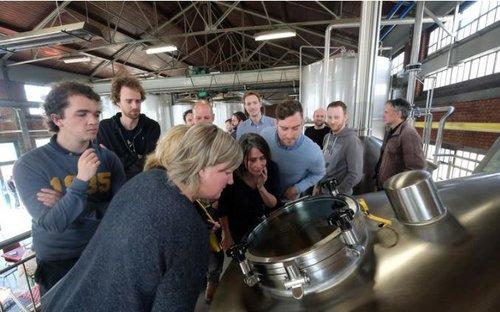HLN – Bierliefhebbers brouwen voor Berrefonds